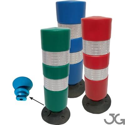 Baliza H75 base desmontable 75cm. Hito cilíndrico de señalización carretera. Fabricada en Polietileno (plástico) especial que les confiere unas propiedades flexibles. Revestido con 2 bandas Reflex HI de 10cm. Colores: rojo, verde, azul. Base de goma.