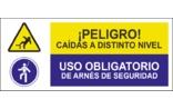 Peligro caídas a distinto nivel Uso obligatorio de arnés de seguridad SC27