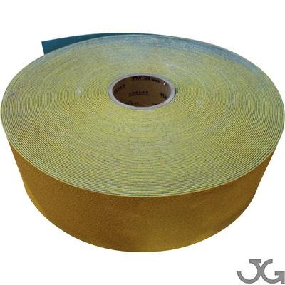 Cinta vial amarilla reflectante retirable para marcaje de suelo. Fabricada con base de caucho y tela de nylon e incorpora micro esferas reflectantes. Medidas: 10mm x50m. Peso: 10,86 Kgr.