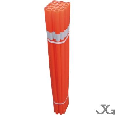 Tubos naranja con reflectancia para señalización de varilla/ferralla, delimitar zonas y advertir de posibles riesgos. Fabricado en polietileno estándar (PVC). Altura: 100cm, y reflex de 5cm. Pack de 25 unidades