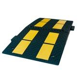 Reductores de velocidad Modelo EU 1070a Reductor de velocidad de caucho. 90x50x5cm