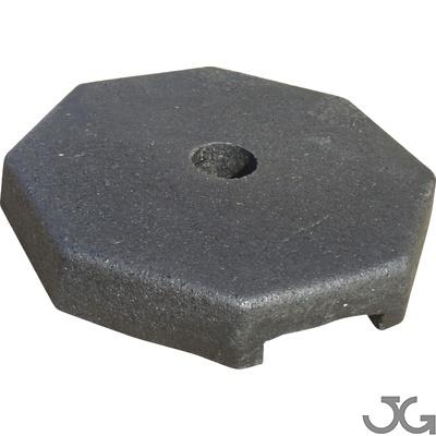 Base soporte octogonal de caucho reciclado para poste de Ø60mm. Peso 7kg.